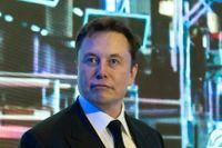 Teslas vd Elon Musk fick på tisdagen se aktien rasa med 21 procent på New York-börsen.