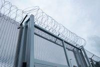En person som inte sitter häktad kan få upp till 100 dagar på sig att inställa sig på en anstalt för att avtjäna sitt straff, efter placeringsbeslut. En häktad ska överföras från häkte till anstalt inom sju dagar. Arkivbild.