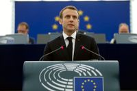 Frankrikes president Emmanuel Macron talar i EU-parlamentet i Strasbourg.