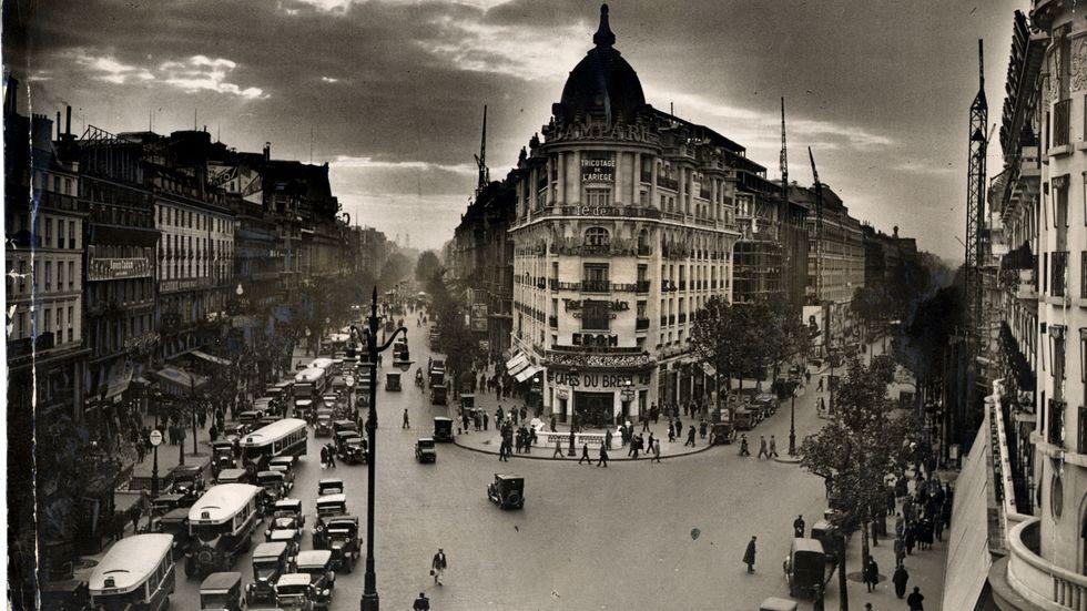 Hörnhuset på Boulevard Haussmann, en gata döpt efter Paris store stadsplanerare.