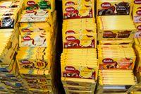 Bilden av socker som en relativt harmlös tillsats i mat påverkades av sockerbolagen. Marabou uppvaktade eliten av näringslivsforskare i Sverige, för att socker inte skulle framstå som särskilt farligt.