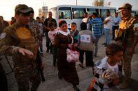 Flyktingar från Syrien anländer till flyktinglägret Bardarash i irakiska Kurdistan. Enligt FN har över 160000 tvingats fly efter att Turkiet påbörjade sin offensiv i norra Syrien förra veckan.
