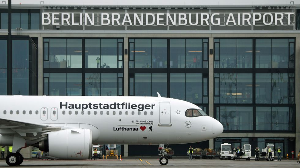 Lufthansa slutar erbjuda gratis snacks till passagerare i ekonomiklass under våren 2021. Arkivbild.