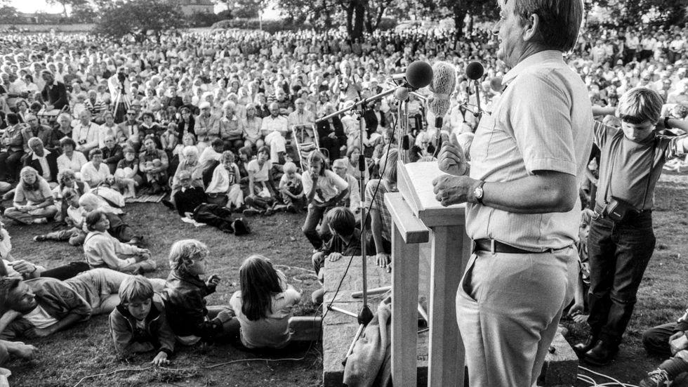 """Olof Palme, Almedalen 1981. Myntade uttrycket """"Politik är att vilja"""". Men politik är vad man väljer att vilja."""