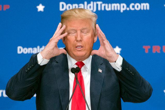 Populisten Donald Trump lockar ängsliga sympatisörer med billiga och enkla påståenden om en trygg framtid.