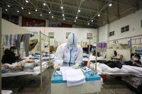 Samtidigt som sjuksköterskor i hela världen har hyllats för sina livsviktiga insatser under coronapandemin har de utsatts för angrepp.