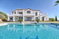 Priset på detta lyxiga hus i Benahavis har sänkts med en miljon euro.