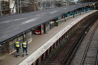 Gullmarsplan är en av tre stationer som SL varnar för där det finns mer folk.