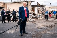 Donald Trump försöker spela på människors rädsla – precis som Nixon 1968.
