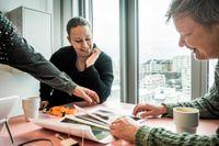 Miljöpartisterna och före detta riksdagspolitikerna Maria Wetterstrand och Åsa Domeij pratar om 90-talet.