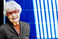 1949-50 studerade Grete Prytz Kittelsen vid Institute of Design, Chicago, USA.