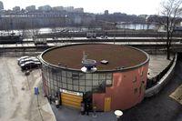Parkeringshuset P-snurran i Stockholm har varit trasigt sedan slutet av juli. 18 bilar sitter fast inne i byggnaden. Arkivbild.