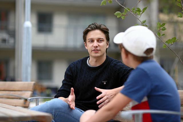 Emil Hansius är 25 år och bor i Linköping. Hans favoriter på Youtube är Danny Gonzalez och Drew Gooden. Foto: Peter Holgersson.