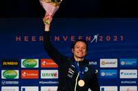 Nils van der Poel med VM-guldmedaljen.