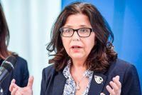 Arbetsmarknadsminister Eva Nordmark (S) och AF:s generaldirektör Maria Mindhammar får kritik från SKR. Arkivbild.