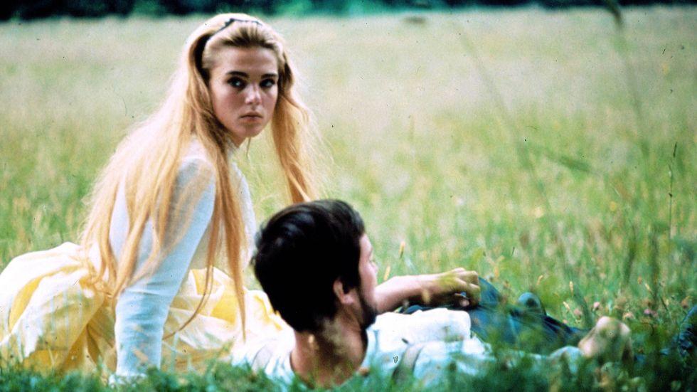 """Pia Degermark och Thommy Berggren i Bo Widerbergs """"Elvira Madigan"""" från 1967."""