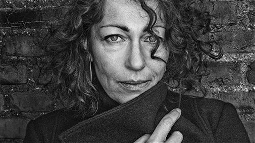 """Elisabeth Åsbrink är flerfaldigt Augustprisnominerad, och vann 2011 med den facklitterära boken """"Och i Wienerwald står träden kvar"""", som handlade om nazismen."""