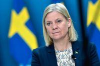Regeringen med finansminister Magdalena Andersson (S) förlänger möjligheten att söka stöd för korttidspermitteringar. Arkivbild.