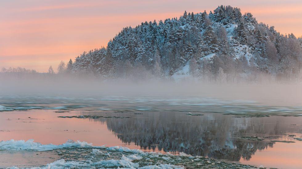 Göta älv en stillsam vintermorgon.