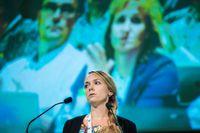 Johanna Jönsson, telesperson för integration och migrations området, under debatten när Centerpartiet håller partistämma i Lugnets sporthall i Falun.