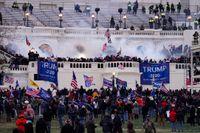 Anhängare till USA:s tidigare president Donald Trump under stormandet av kongressbyggnaden Kapitolium i Washington DC den 6 januari.