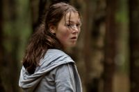 """Andrea Berntzen spelar 18-åriga Kaja i filmen """"Utøya 22 juli""""."""