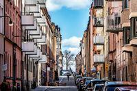 Om din bolåneränta ligger över snittet i Sverige kan det vara en god idé att omförhandla den.
