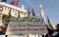 2006 samlades hundratals muslimer utanför Danmarks ambassad i Damaskus, Syrien, för att protestera mot Muhammed-karikatyrerna.