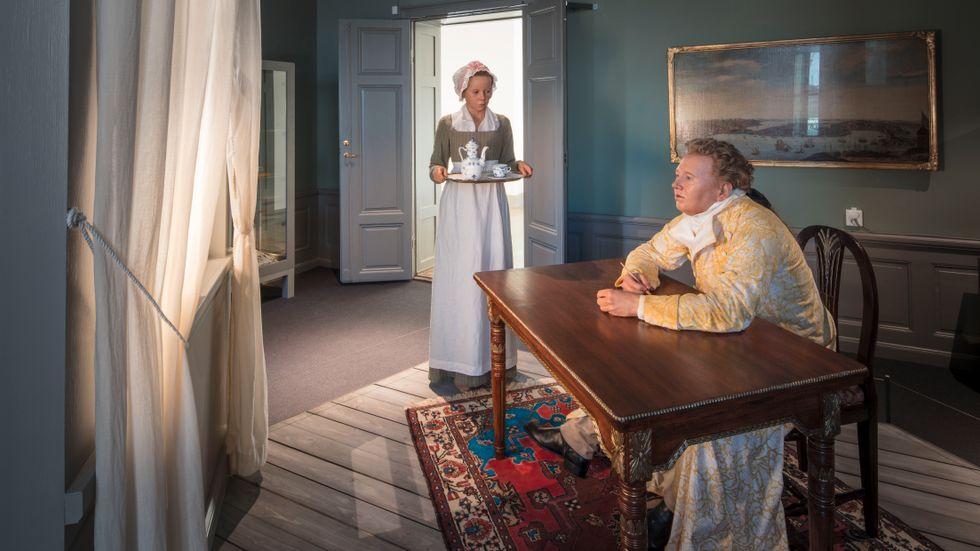 Nya Stockholmsutställningen spänner från år 1527 fram till i dag. På bilden ses affärsmannen Hans Niclas Schwan som under 1700-talet drev sin verksamhet på Skeppsbron 28.