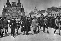 Lenin på Röda torget i Moskva, våren 1919.