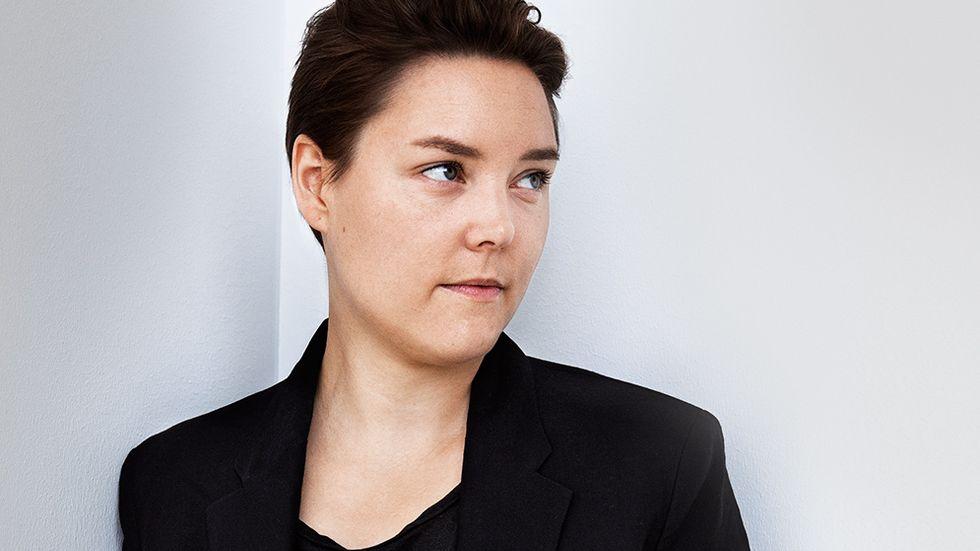 Pernilla Berglund (född 1982) är utbildad vid Litterär gestaltning i Göteborg.