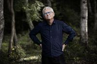 Per Wirtén, född 1958, är författare och frilansskribent som skriver för bland andra Dagens Arena och kultursidorna i Expressen och Sydsvenskan.