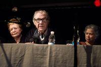 När skottlossningen utbröt sökte Lars Vilks skydd – i ett kylrum. Där fanns han tillsammans med Helle Merete Brix som varit arrangerat det aktuella mötet. Bilden från ett tidigare möte i juni 2012.