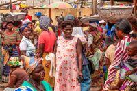 Fiskmarknaden i Elmina. Miljardbistånd från den internationella organisationen Globala fonden har missbrukats i ett projekt i Ghana.