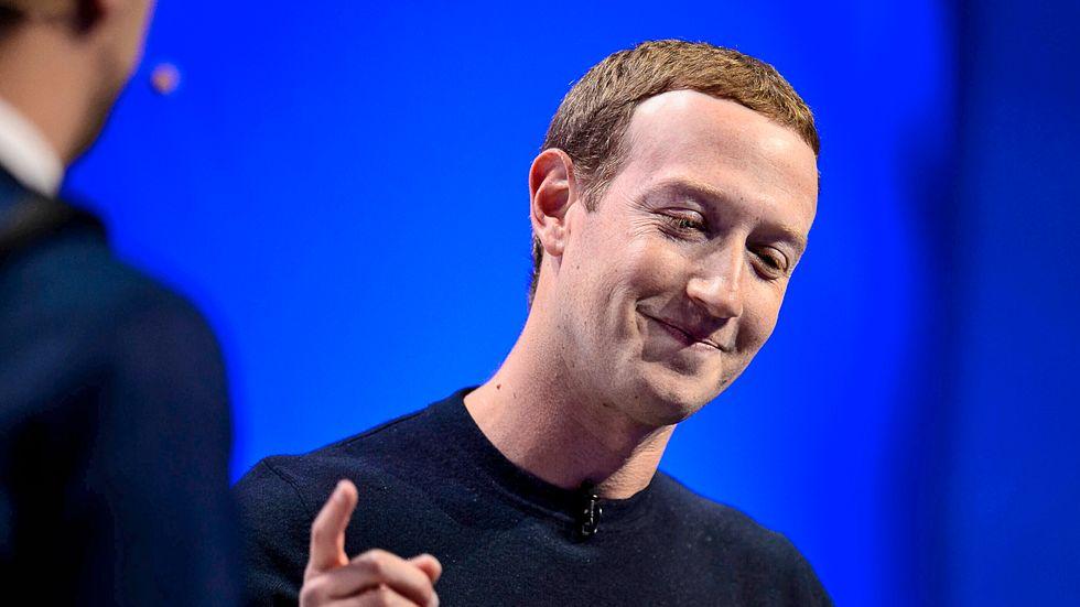 Facebookgrundaren Mark Zuckerberg har all anledning att vara glad.