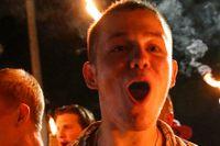 Högerextrema demonstranter i Charlottesville den 11 augusti ifjol och författarna Martin Aagård och Natalia Kazmierska.