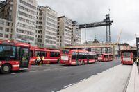 Bussträngsel vid Slussens temporära terminal.