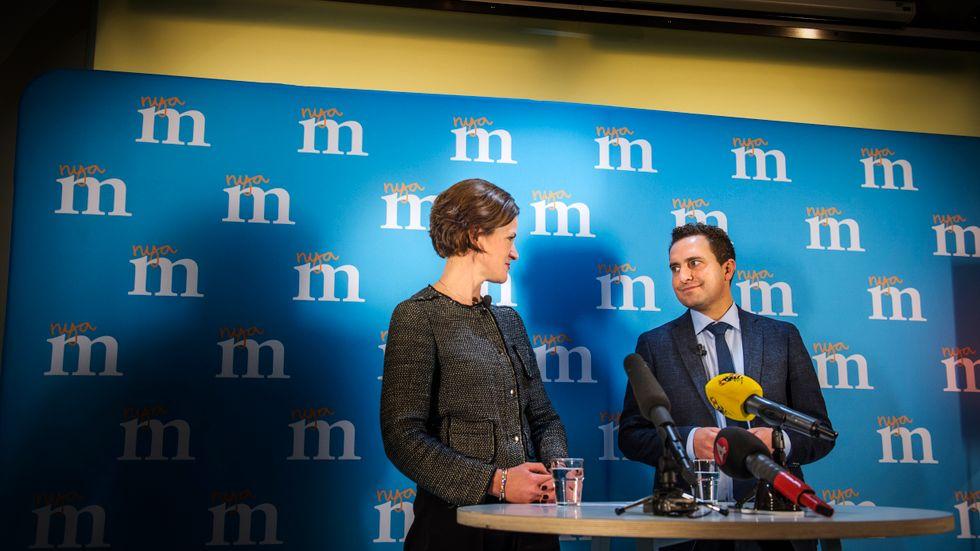 Anna Kinberg Batra och Tomas Tobé. Måste få partiet att gå framåt istället för att stå och vaja i vinden.