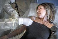 Efter operationen där man tog bort hela bukspottkörteln får Mari Liljedalen cellgifter som ska utplåna eventuella metastaser.