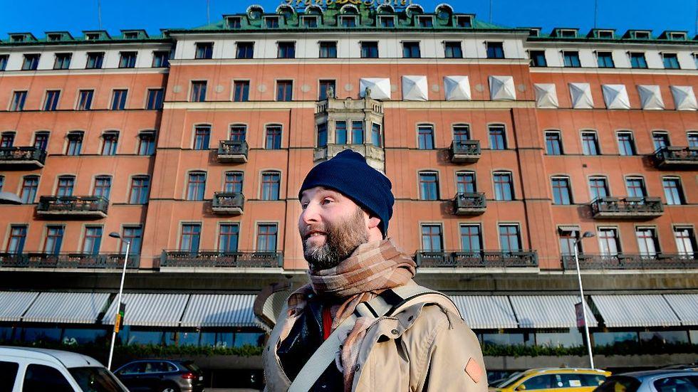 2013-11-29  Foto:Tomas Oneborg Svenska Dagbladet code 30142 Martin Borgs.Skattelobbyist.Fotograferad utanför Grand hotel i Stockholm, där skattebetalarna fick stå för en stor personalfestnota.