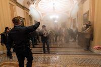 Kongresspolisens insats under attacken i januari får kritik i en intern rapport. Arkivbild.