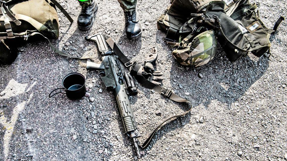 Totalförsvarets Rekryteringsmyndighet (TRM) och Försvarsmakten befinner sig på kollisionskurs om den kontroll som nu pågår.