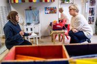 Barnskötaren Sawsan Alsari och rektorn Pernilla Löf jobbar på förskolan Baltazar på Södermalm i Stockholm.