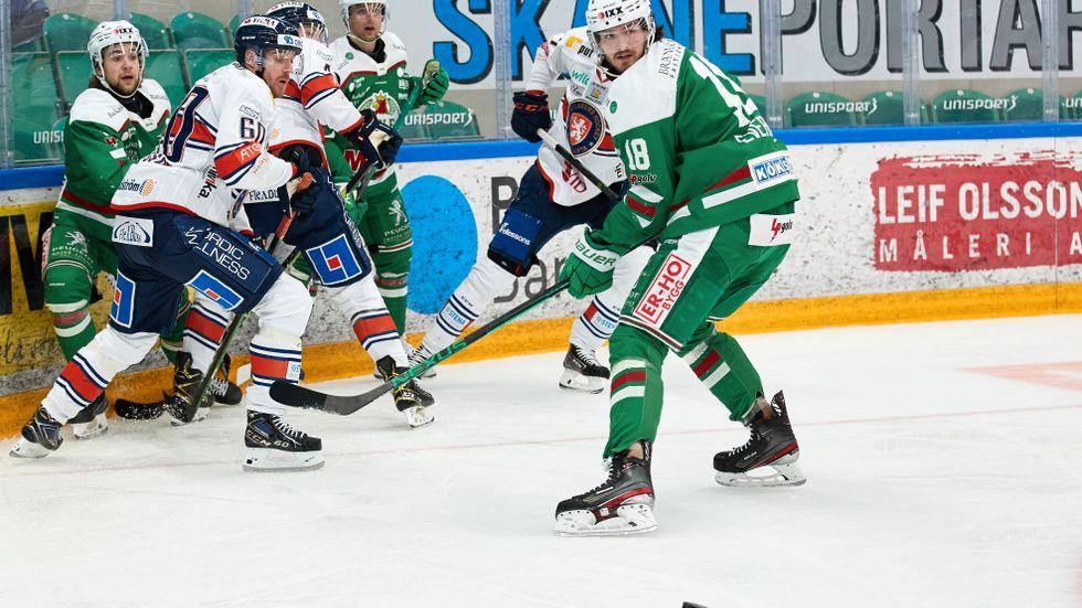 Rögle och Växjö är två av guldkandidaterna inför SM-slutspelet. Arkivbild.