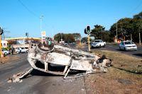 Synliga spår av våldet nära Durban.