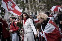 Svetlana Tichanovskaja, i mitten, under en demonstration i Köpenhamn den 23 oktober 2020. Arkivbild.