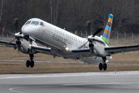 En SAAB 2000 tillhörande flygbolaget BRA startar från Bromma flygplats. Arkiv.