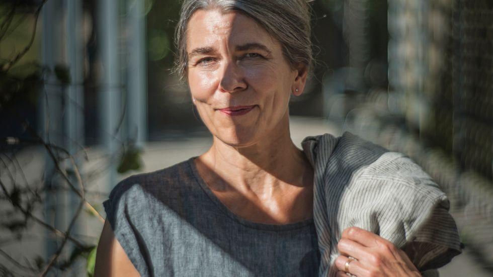 """""""Jag är livrädd för vad du kommer att skriva om mig"""", säger Cilla Naumann till SvD:s Viola Bao."""