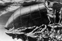 Världens första stora science fiction-film gjordes av fransmannen Georges Méliès år 1902.
