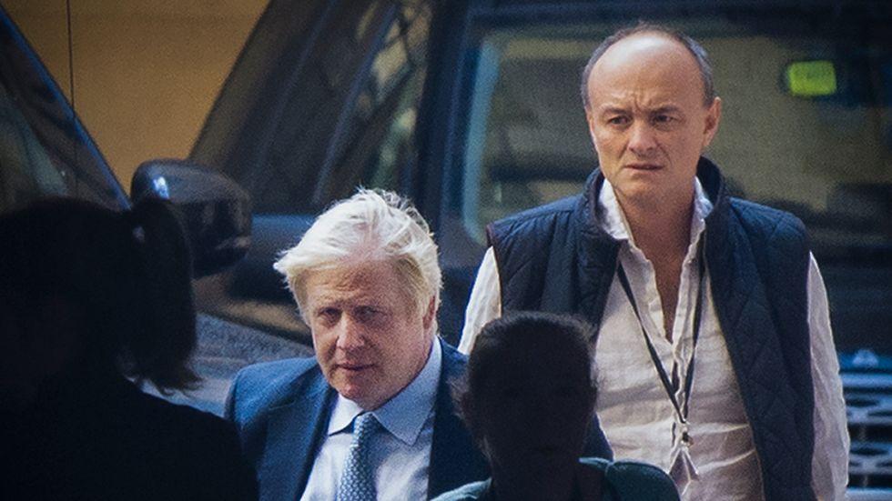 Boris Johnsons tidigare rådgivare Dominic Cummings anklagar sin förra chef för att ljuga.